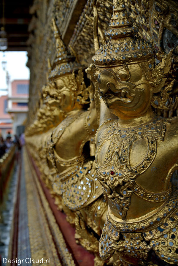Grand Palace in Bangkok – Lovely Details and Decorations